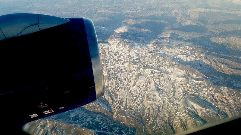 flying-in-azerbaijan-airline