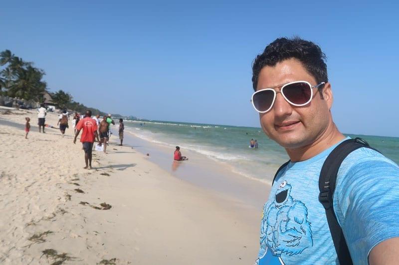 abdul-wali-mombasa-beach