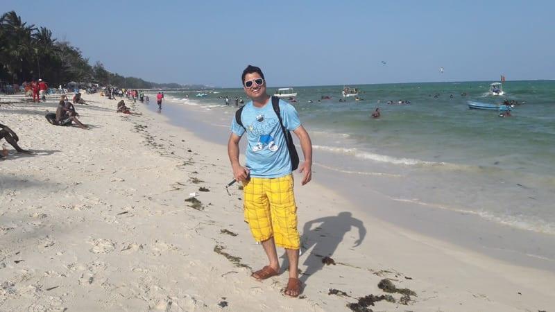 mombasa-public-beach
