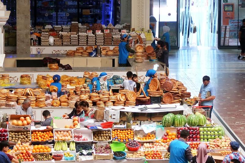Panjshanbe bazar in tajikistan