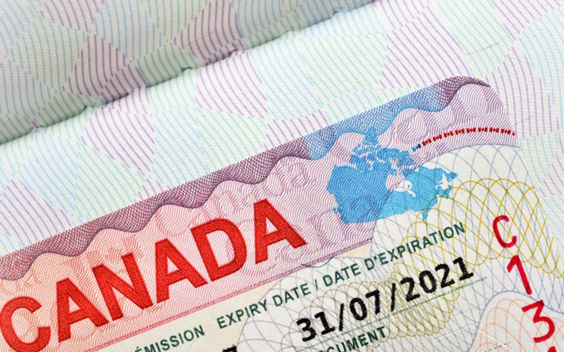 canada visa for pakistani passport